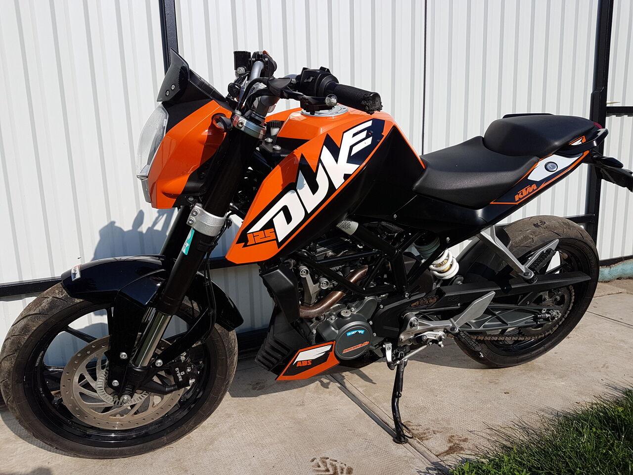 KTM Duke 125 ABS Bontás
