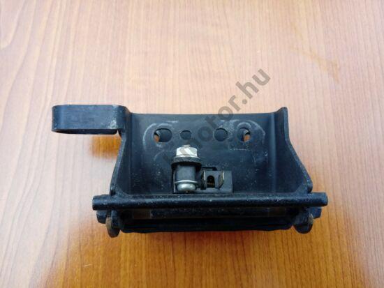 Honda PCX 125 Ülés zsanér + kapcsoló