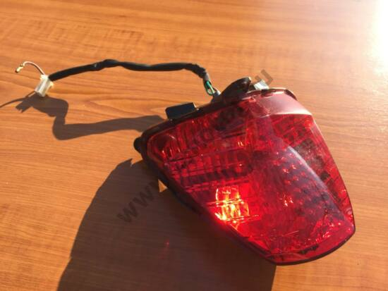 Honda CBR 125 R Hátsó lámpa