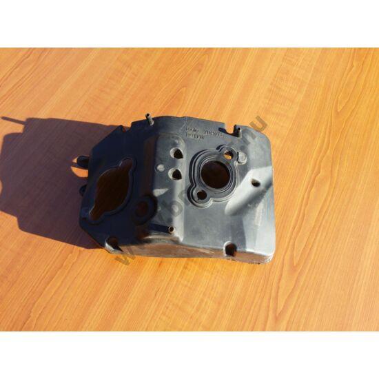 Aprilia RXV, SXV 450 550 Fojtószelep alatti műanyag